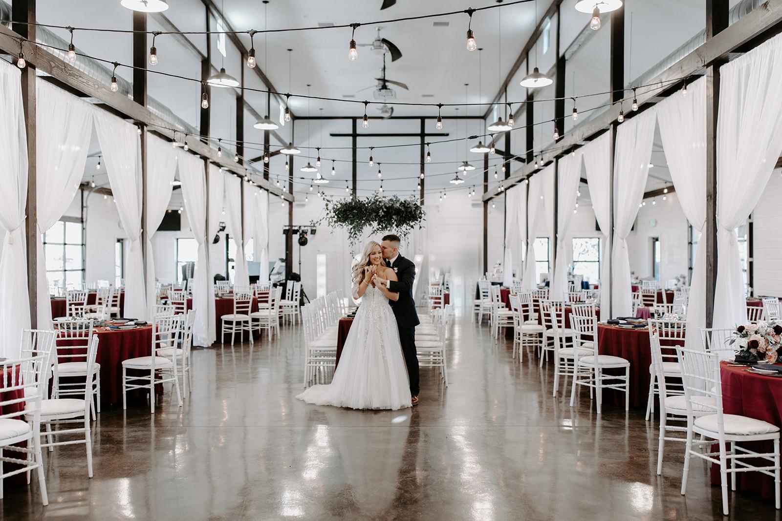 wedding venues tulsa bixby white barn 36.jpg