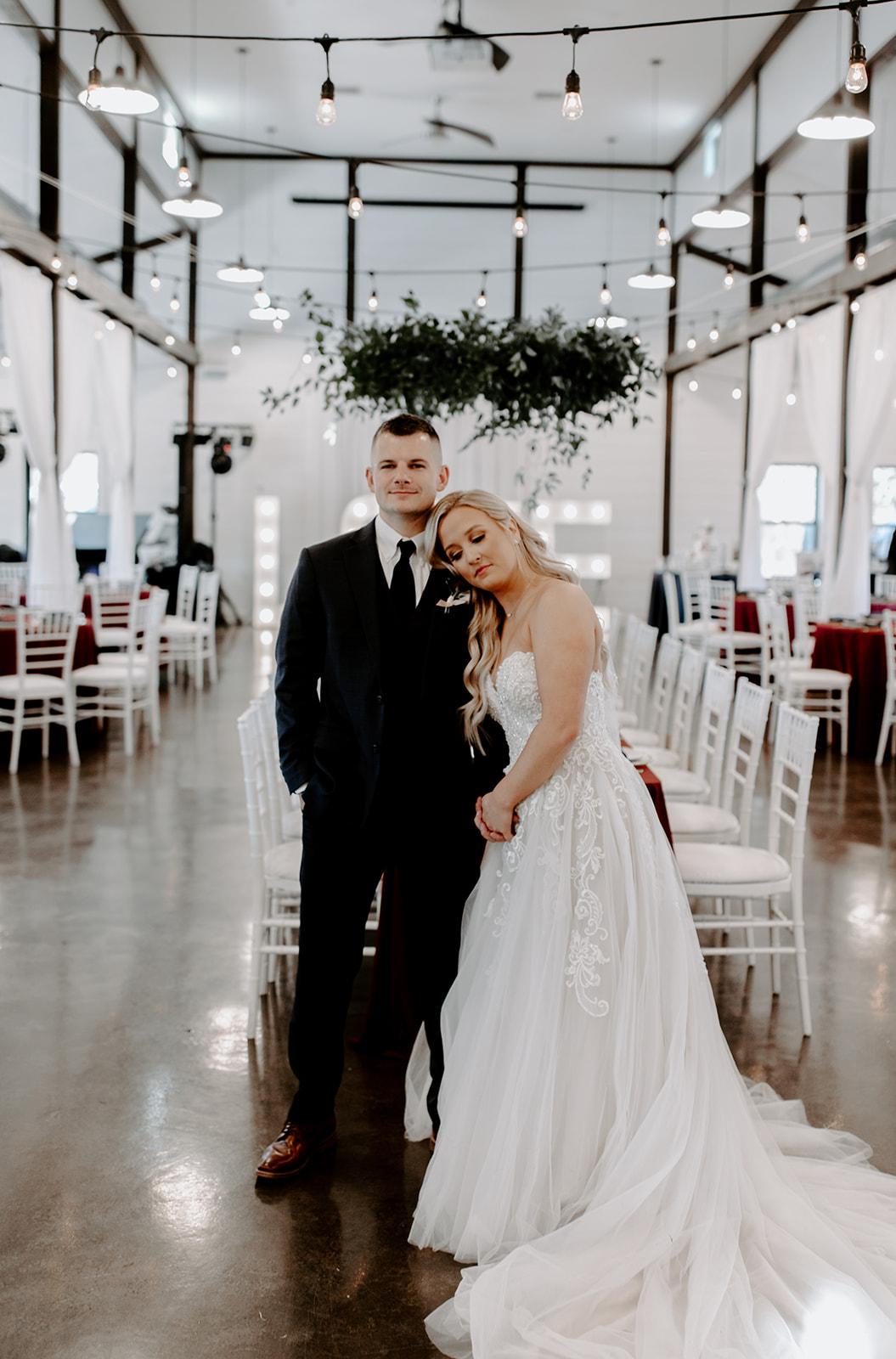 wedding venues tulsa bixby white barn 37.jpg
