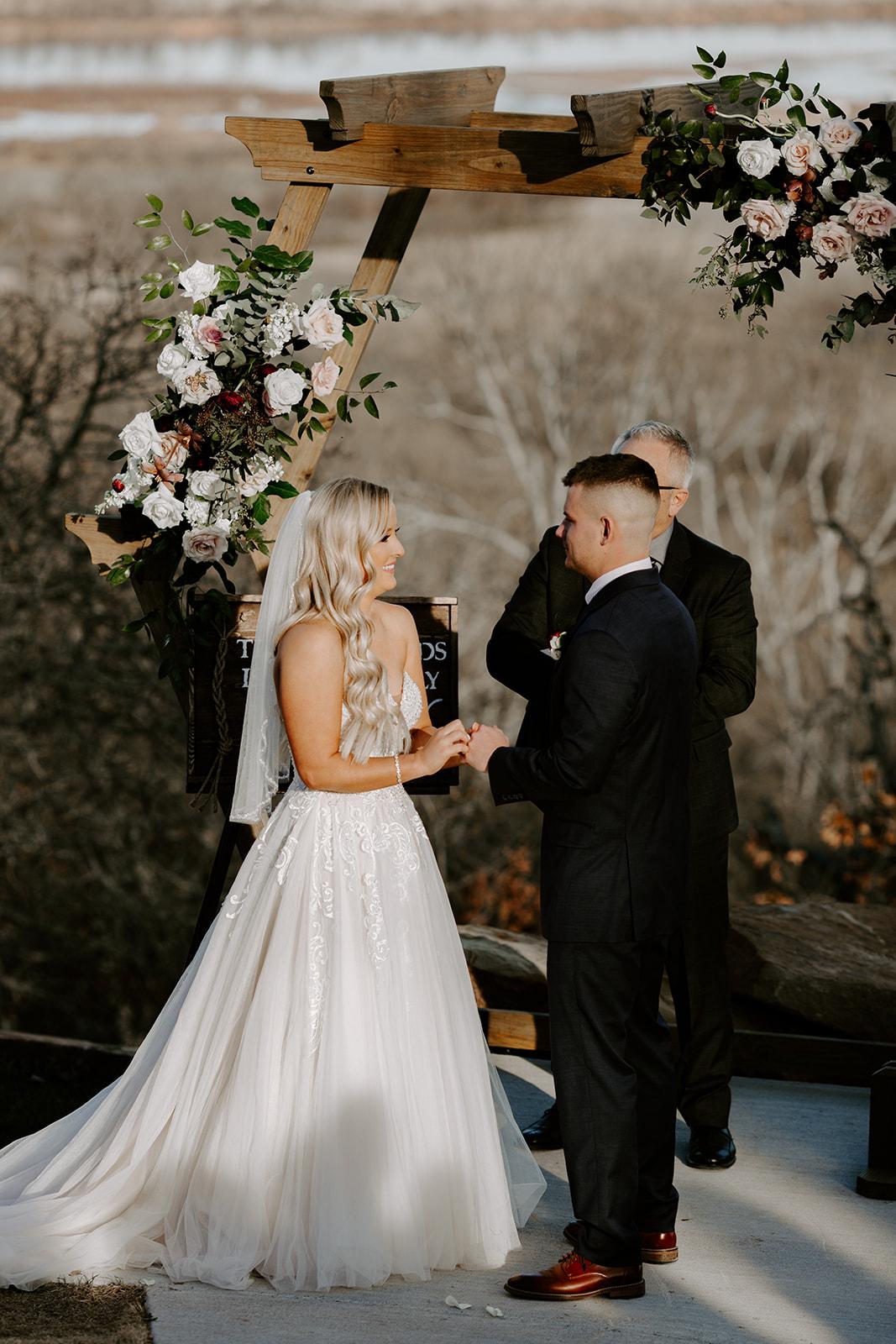 wedding venues tulsa bixby white barn 48b.jpg