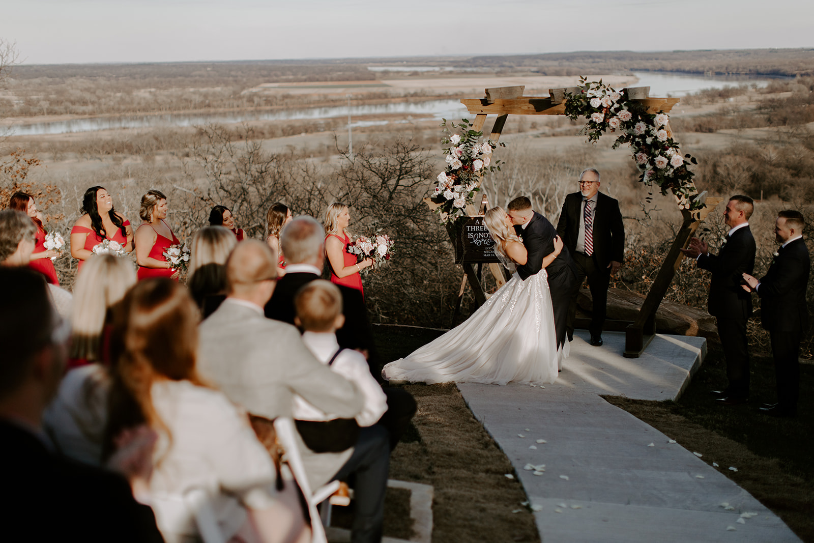 wedding venues tulsa bixby white barn 49.jpg