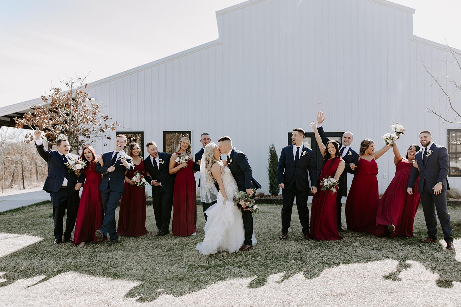wedding venues tulsa bixby white barn 53.jpg