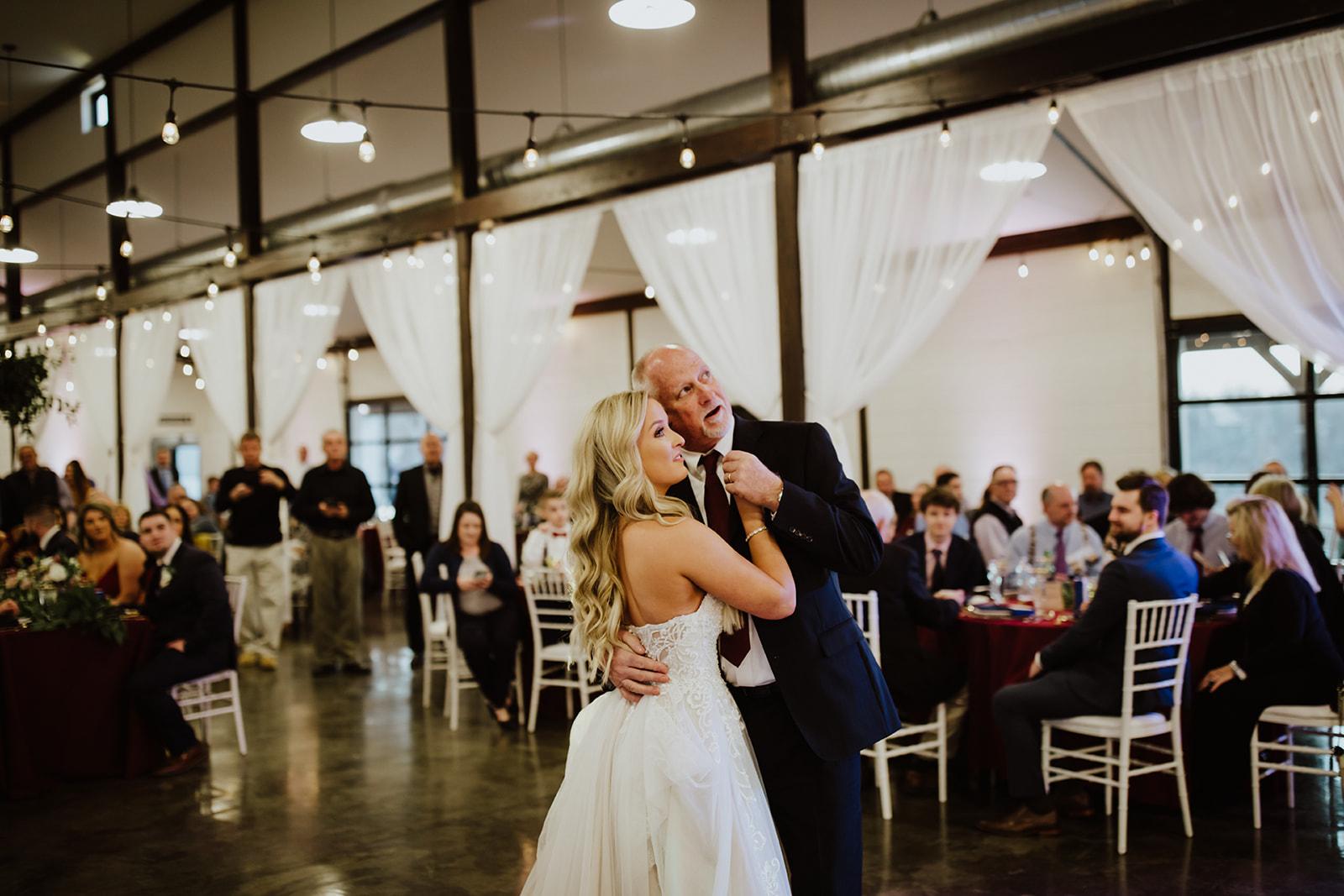 wedding venues tulsa bixby white barn 59.jpg