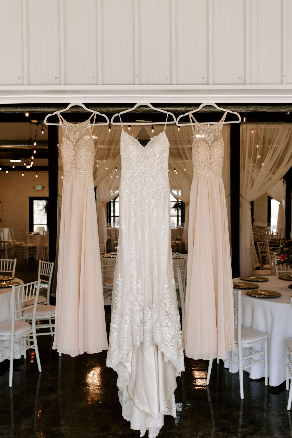 Tulsa Wedding Venues White Barn Bixby 2.jpg