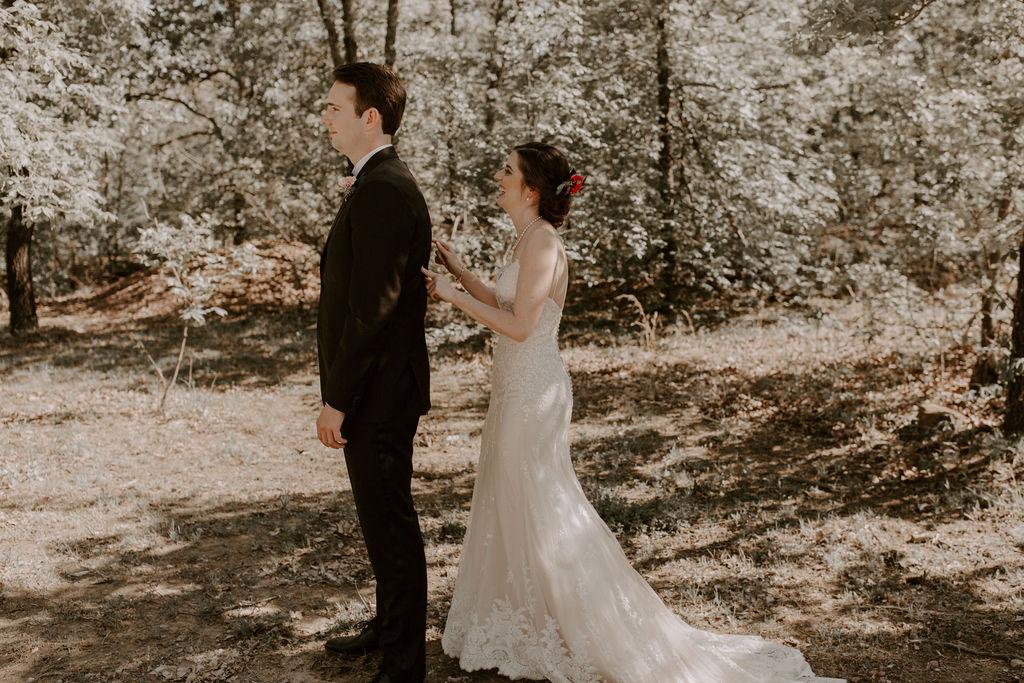 Tulsa Wedding Venues White Barn Bixby 11.jpg