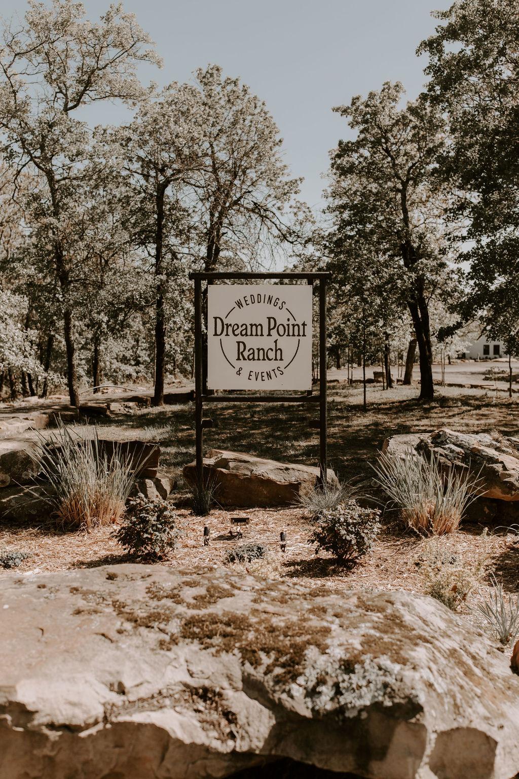 Tulsa Wedding Venues White Barn Bixby 10.jpg