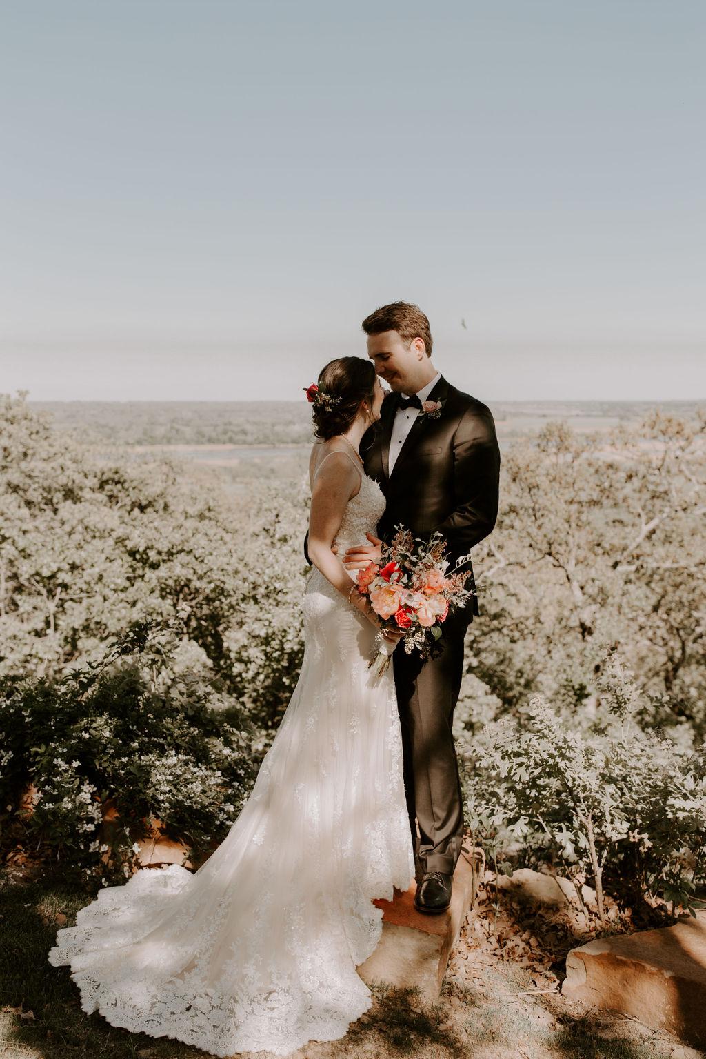 Tulsa Wedding Venues White Barn Bixby 13.jpg