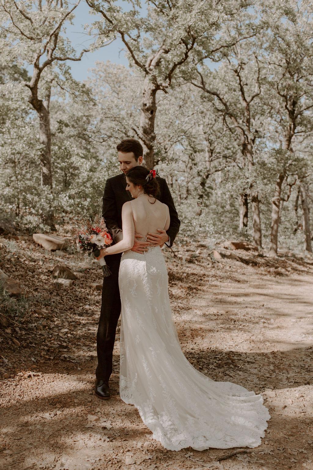 Tulsa Wedding Venues White Barn Bixby 15.jpg