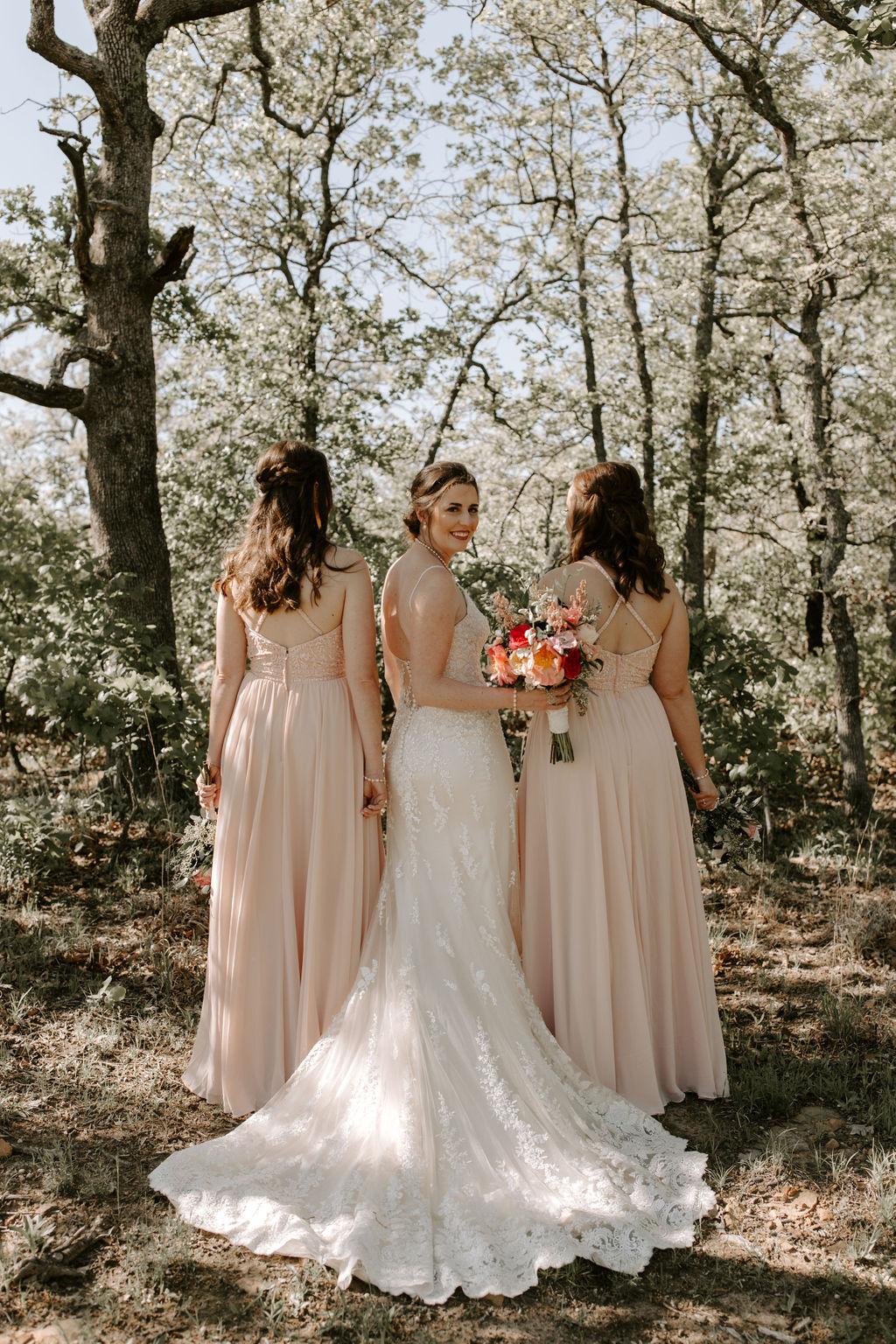 Tulsa Wedding Venues White Barn Bixby 19.jpg