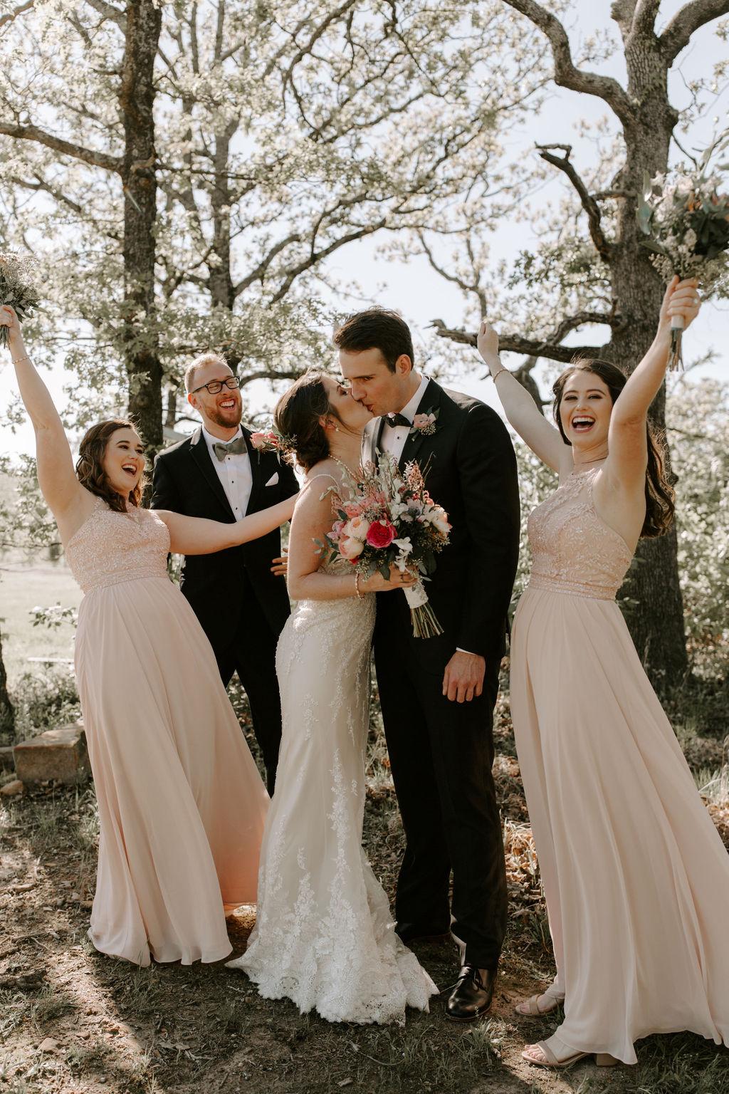 Tulsa Wedding Venues White Barn Bixby 22.jpg