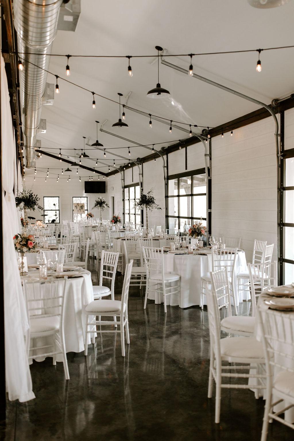 Tulsa Wedding Venues White Barn Bixby 37.jpg