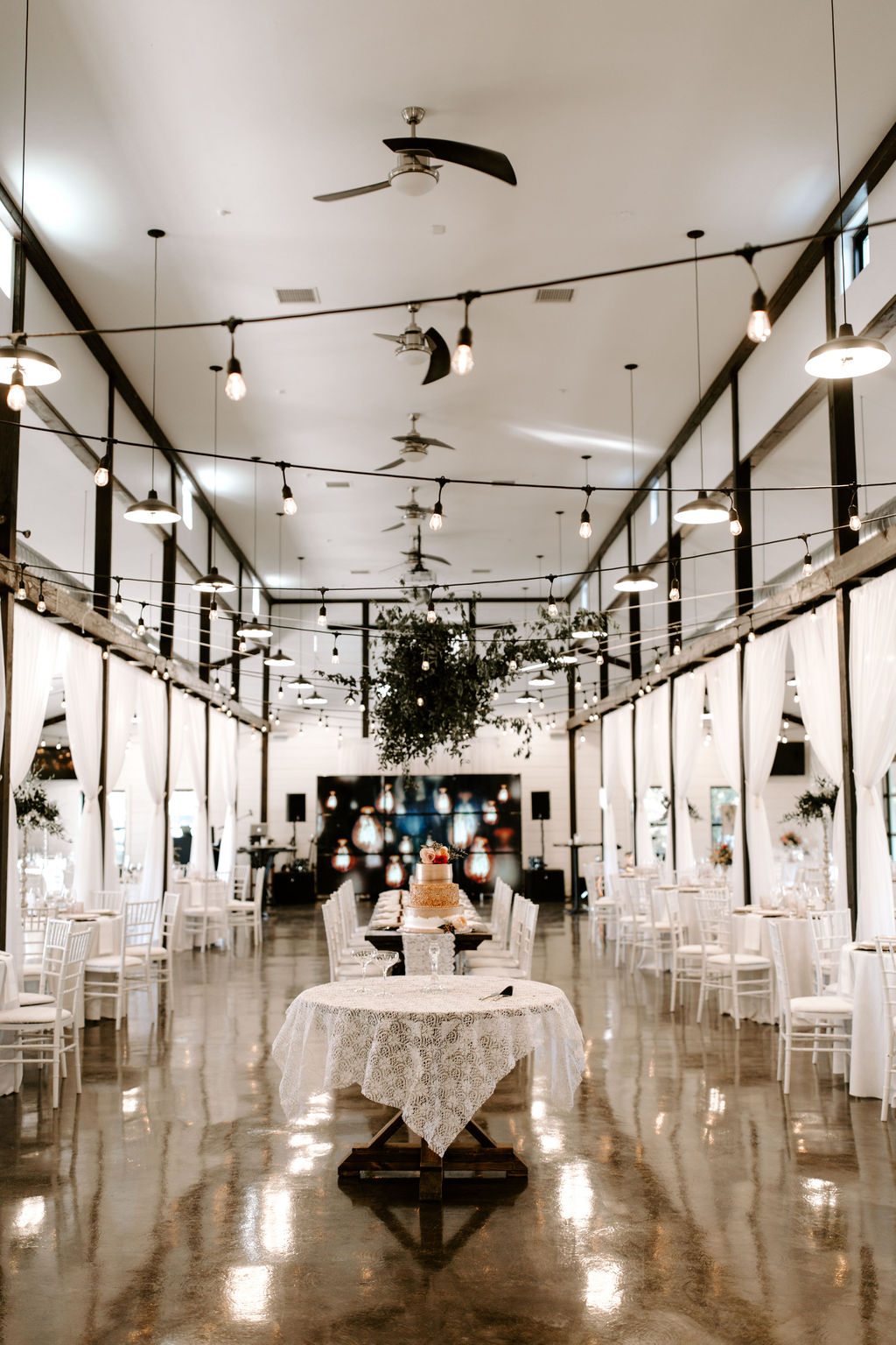 Tulsa Wedding Venues White Barn Bixby 52.jpg