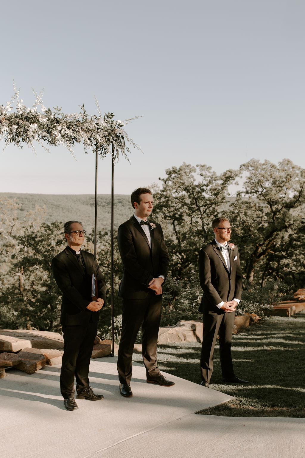 Tulsa Wedding Venues White Barn Bixby 54.jpg