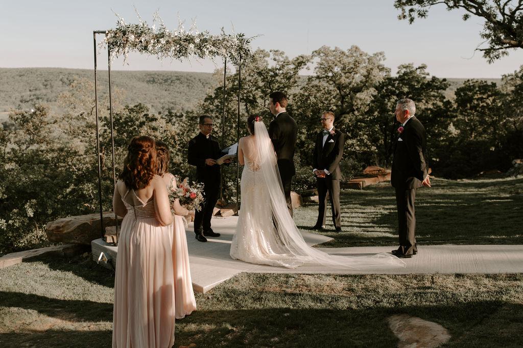 Tulsa Wedding Venues White Barn Bixby 56.jpg