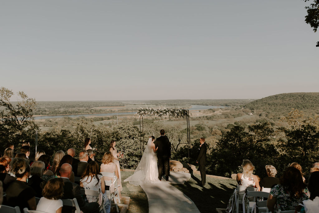 Tulsa Wedding Venues White Barn Bixby 57.jpg