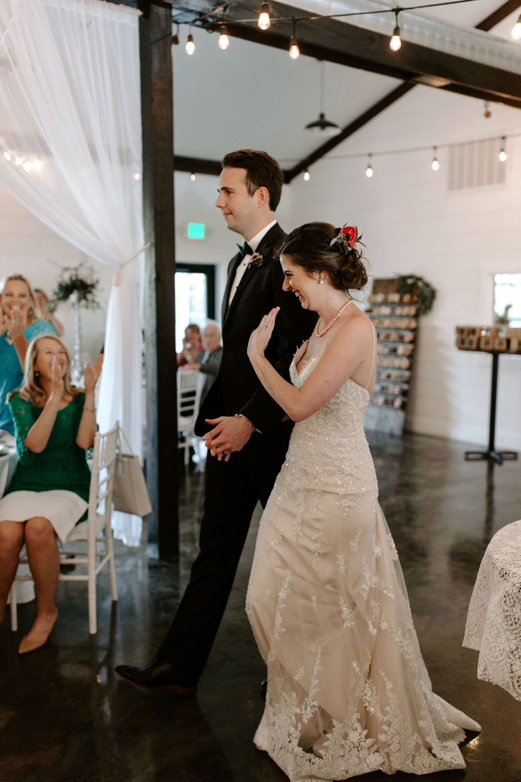 Tulsa Wedding Venues White Barn Bixby 61.jpg