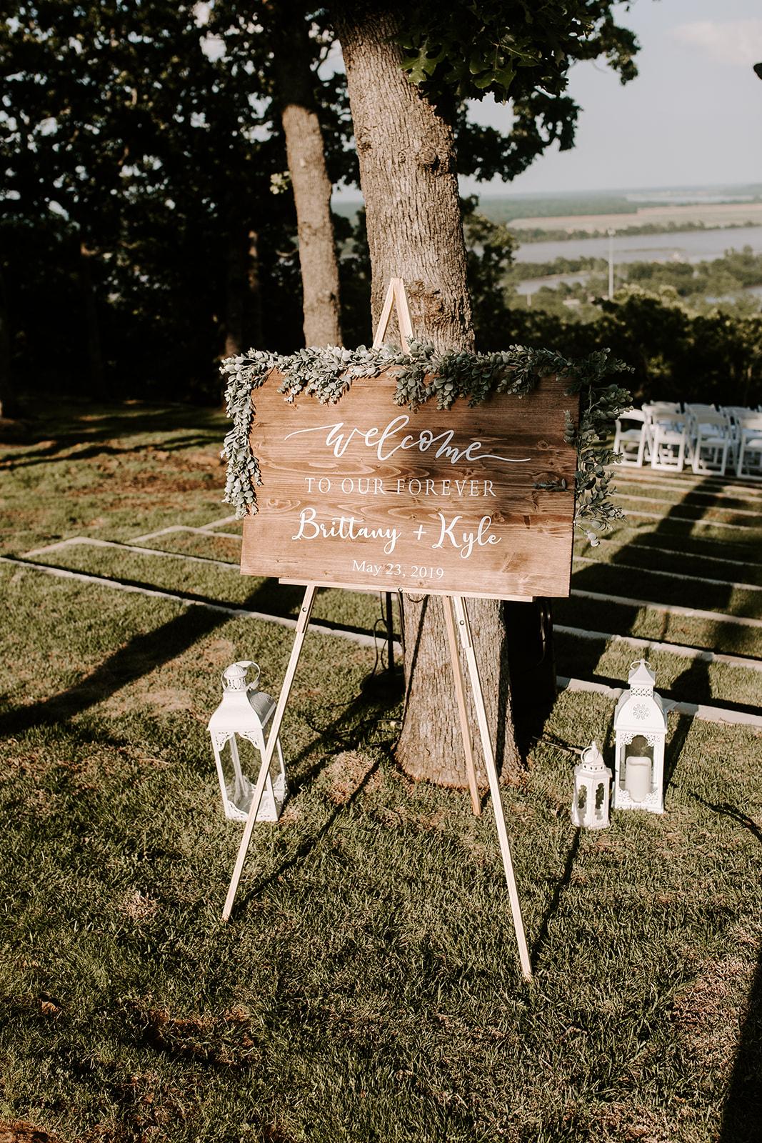 Wedding Venues in Tulsa white barn Dream Point Ranch 7.jpg
