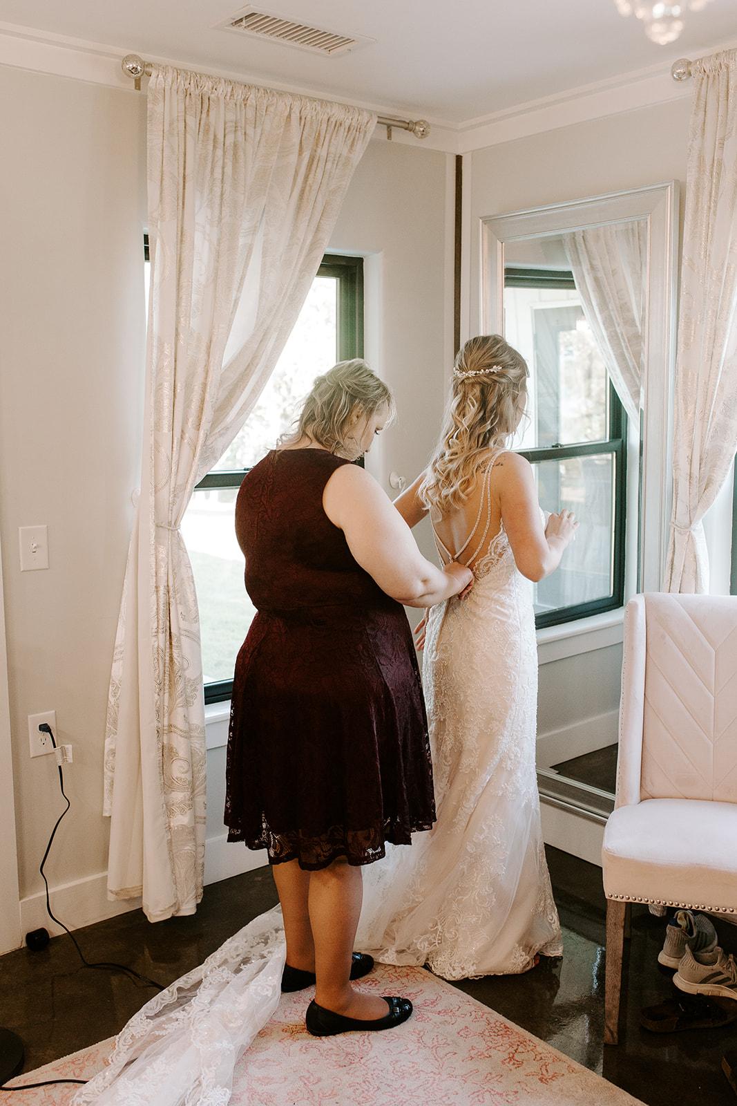 Wedding Venues in Tulsa white barn Dream Point Ranch 19.jpg