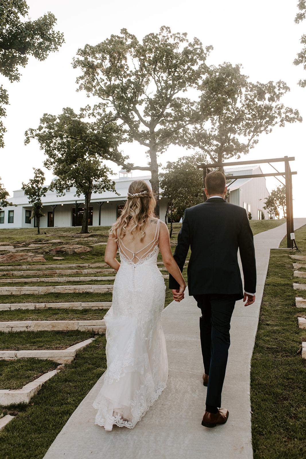Wedding Venues in Tulsa white barn Dream Point Ranch 47.jpg