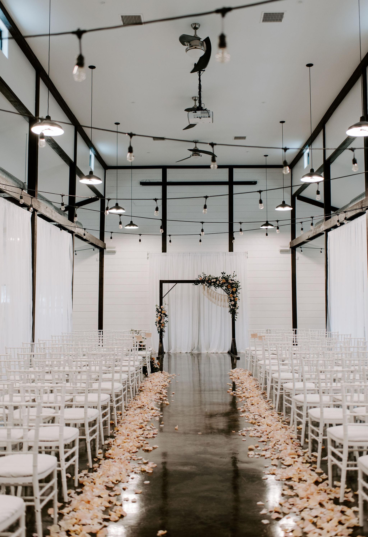 Tulsa Wedding Venue White Barn 0.jpg