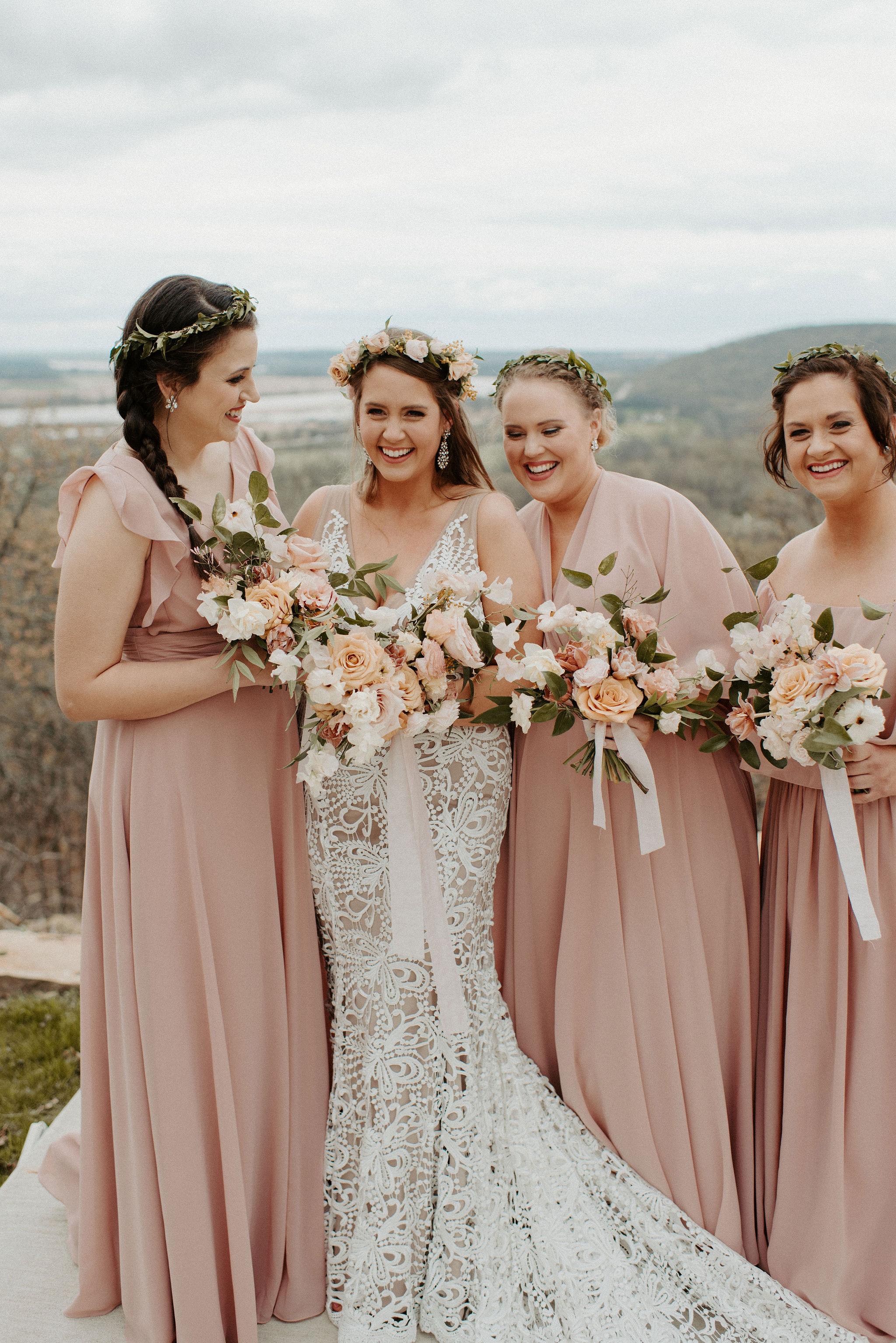 Tulsa Wedding Venue White Barn 15.jpg
