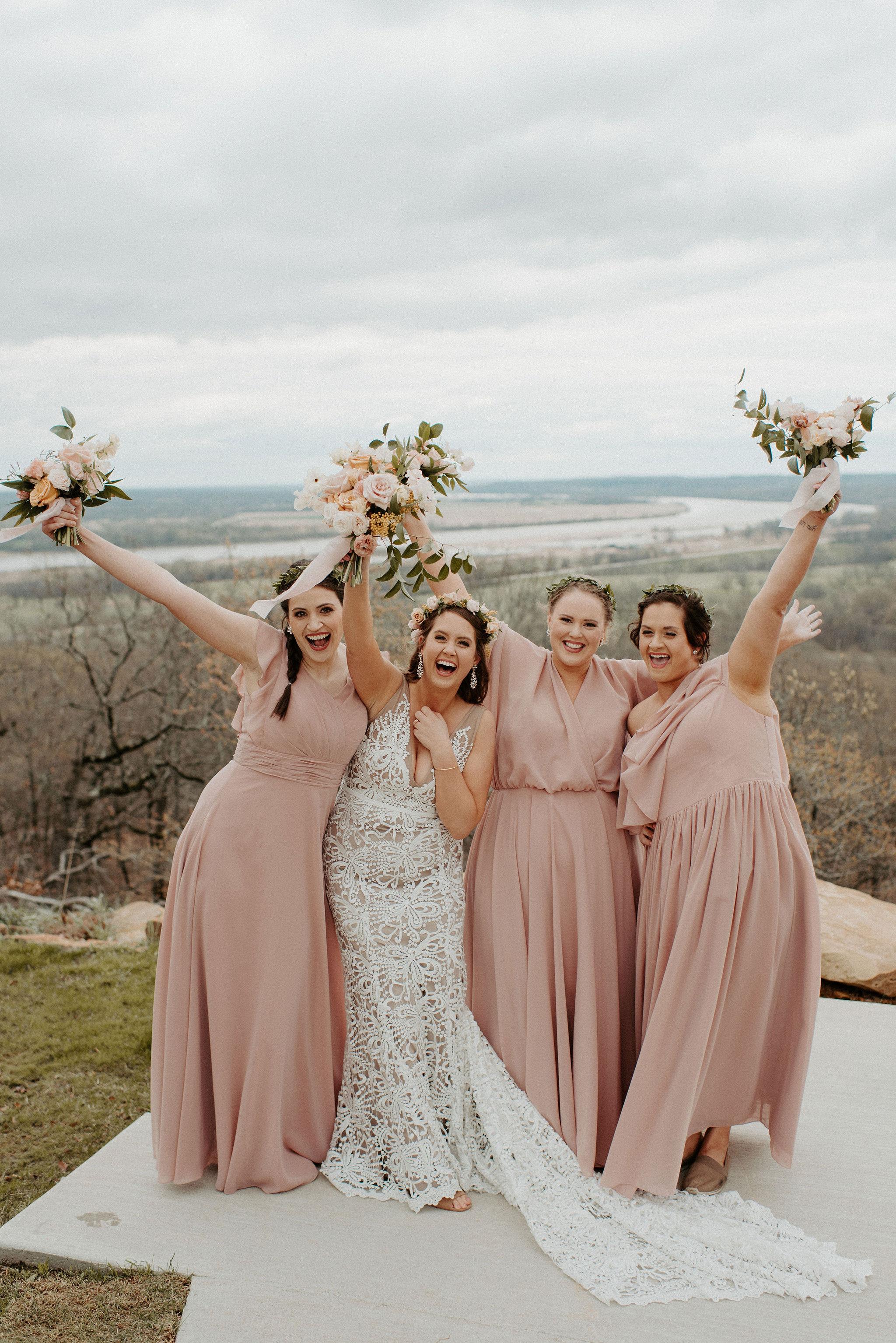 Tulsa Wedding Venue White Barn 16.jpg