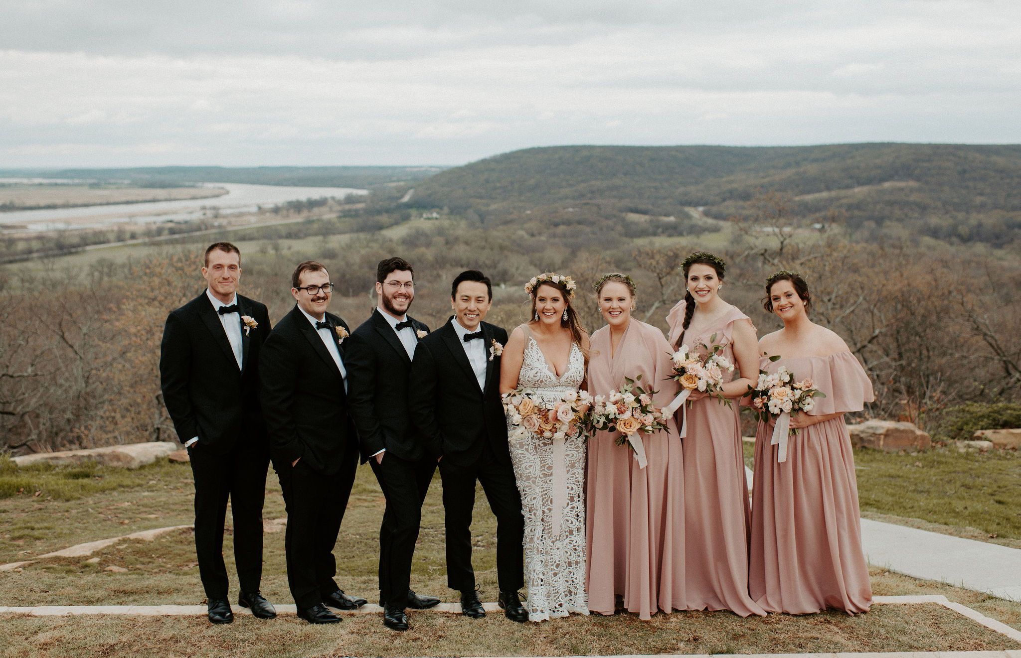 Tulsa Wedding Venue White Barn 17.jpg