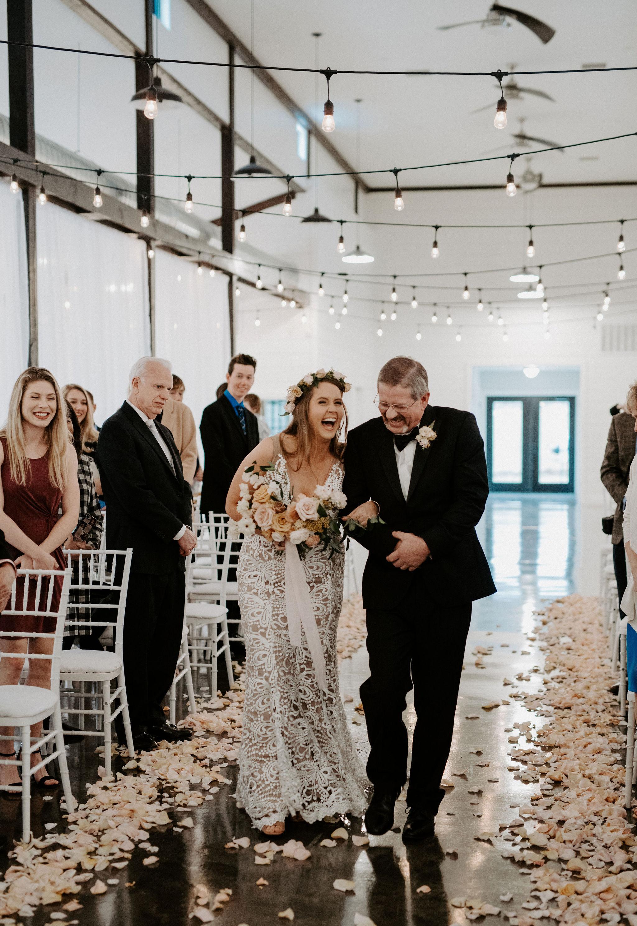 Tulsa Wedding Venue White Barn 25.jpg