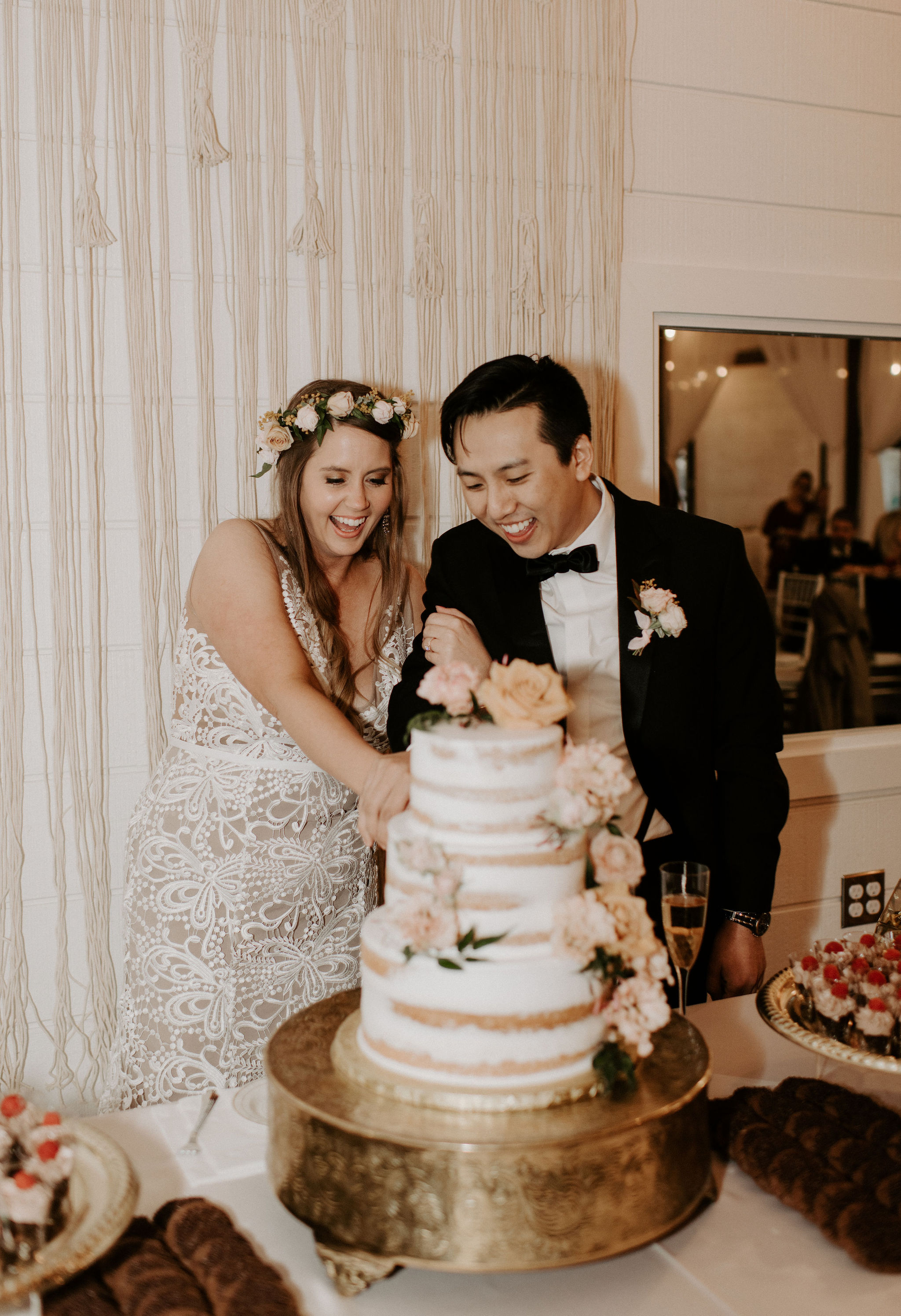 Tulsa Wedding Venue White Barn 37.jpg