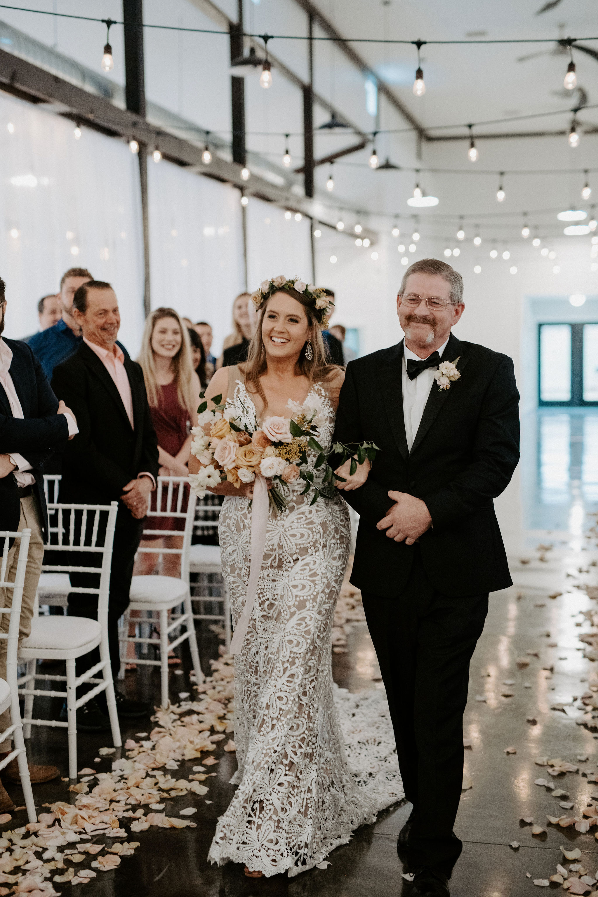 Dream Point Ranch Tulsa's White Barn Wedding Venue.jpg
