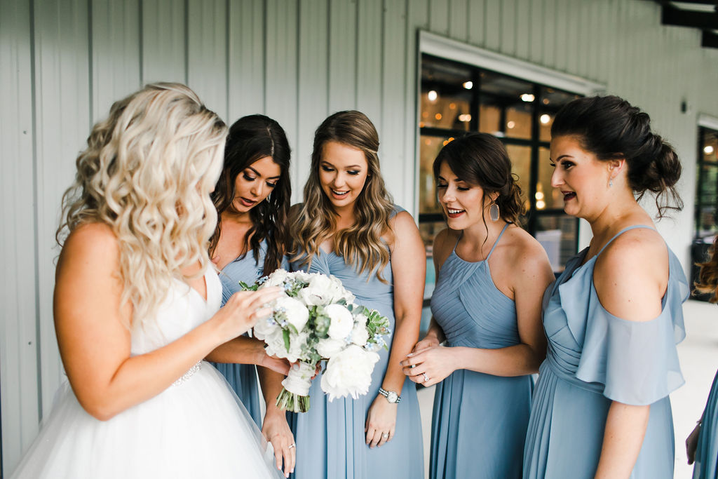 Dream Point Ranch Tulsa's White Barn Wedding Venue 20.jpg