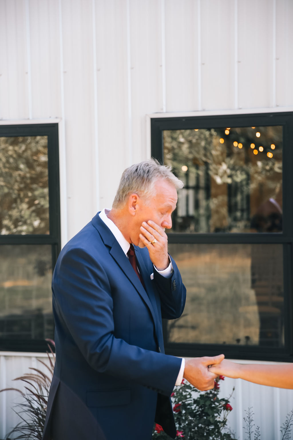 Tulsa Wedding White Barn 20.JPG