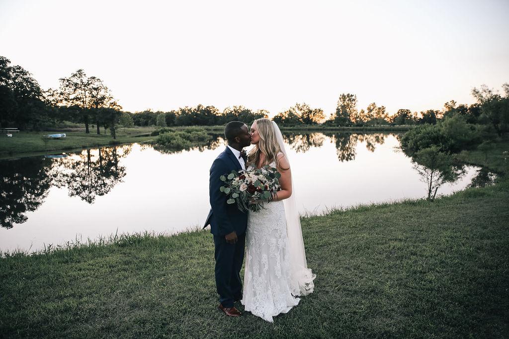 Tulsa Wedding White Barn 71.JPG