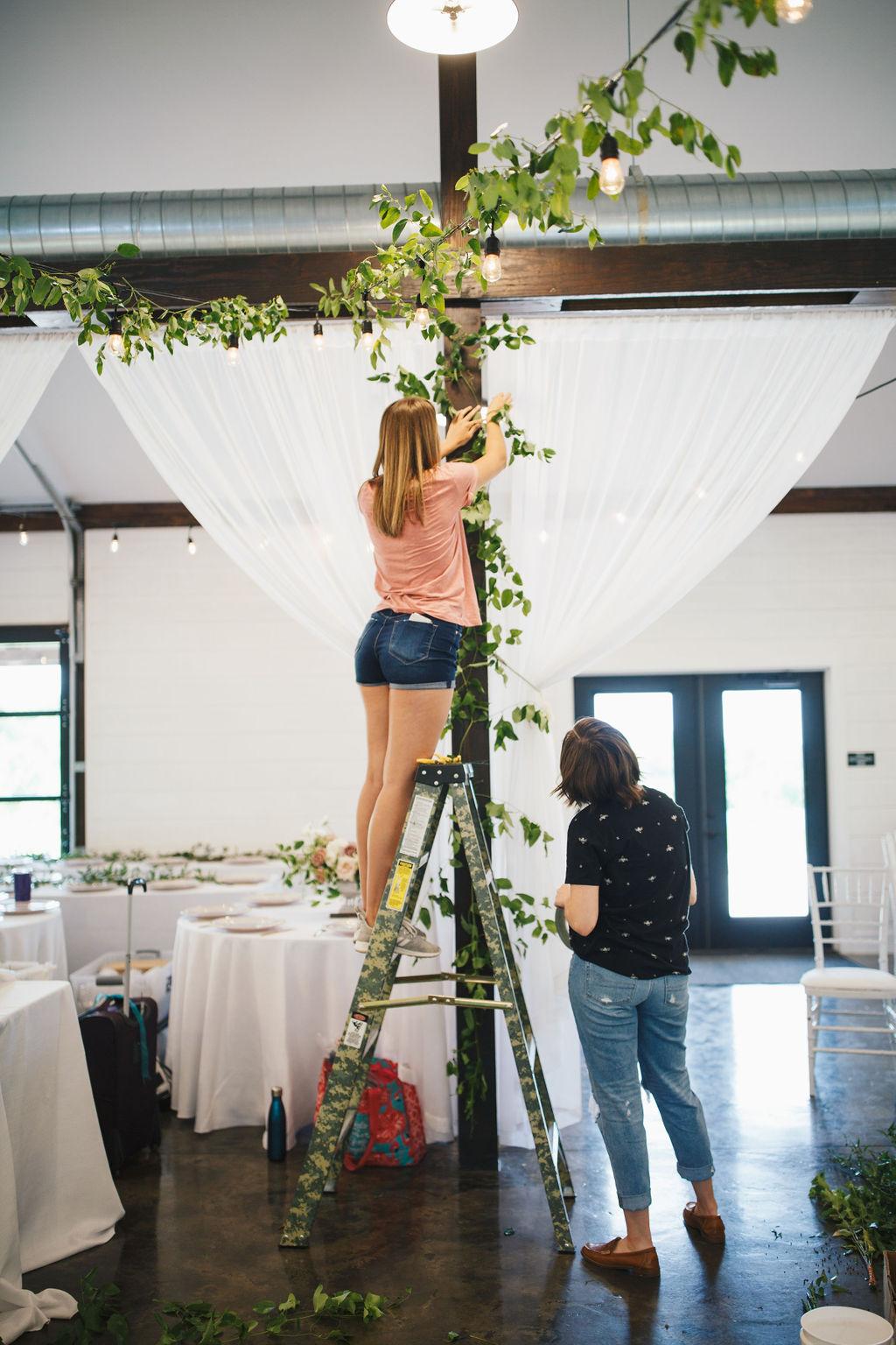 Bixby White Barn Tulsa Wedding 1b.jpg