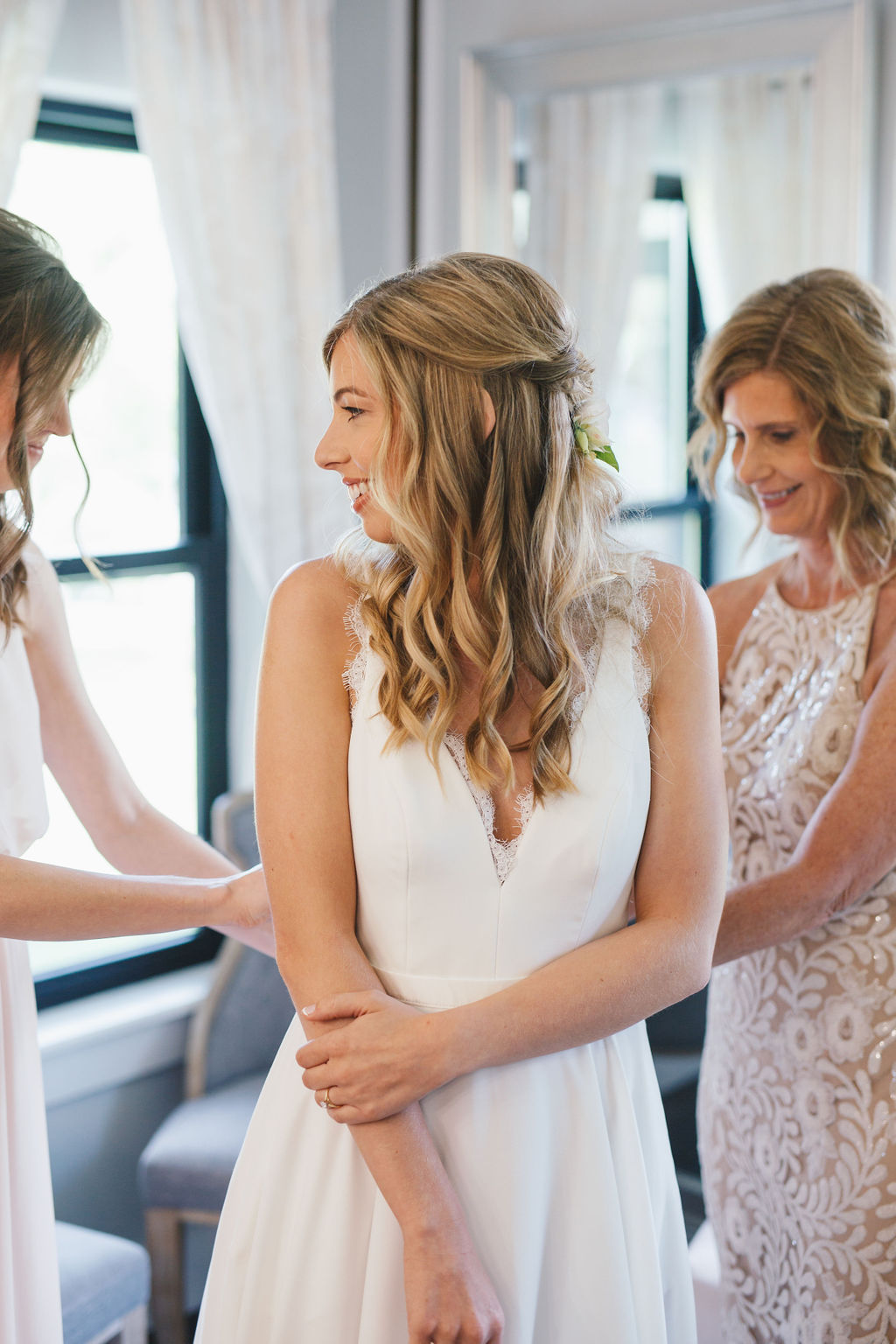 Bixby White Barn Tulsa Wedding 12.jpg