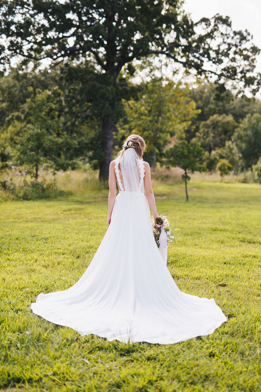 Bixby White Barn Tulsa Wedding 34.jpg