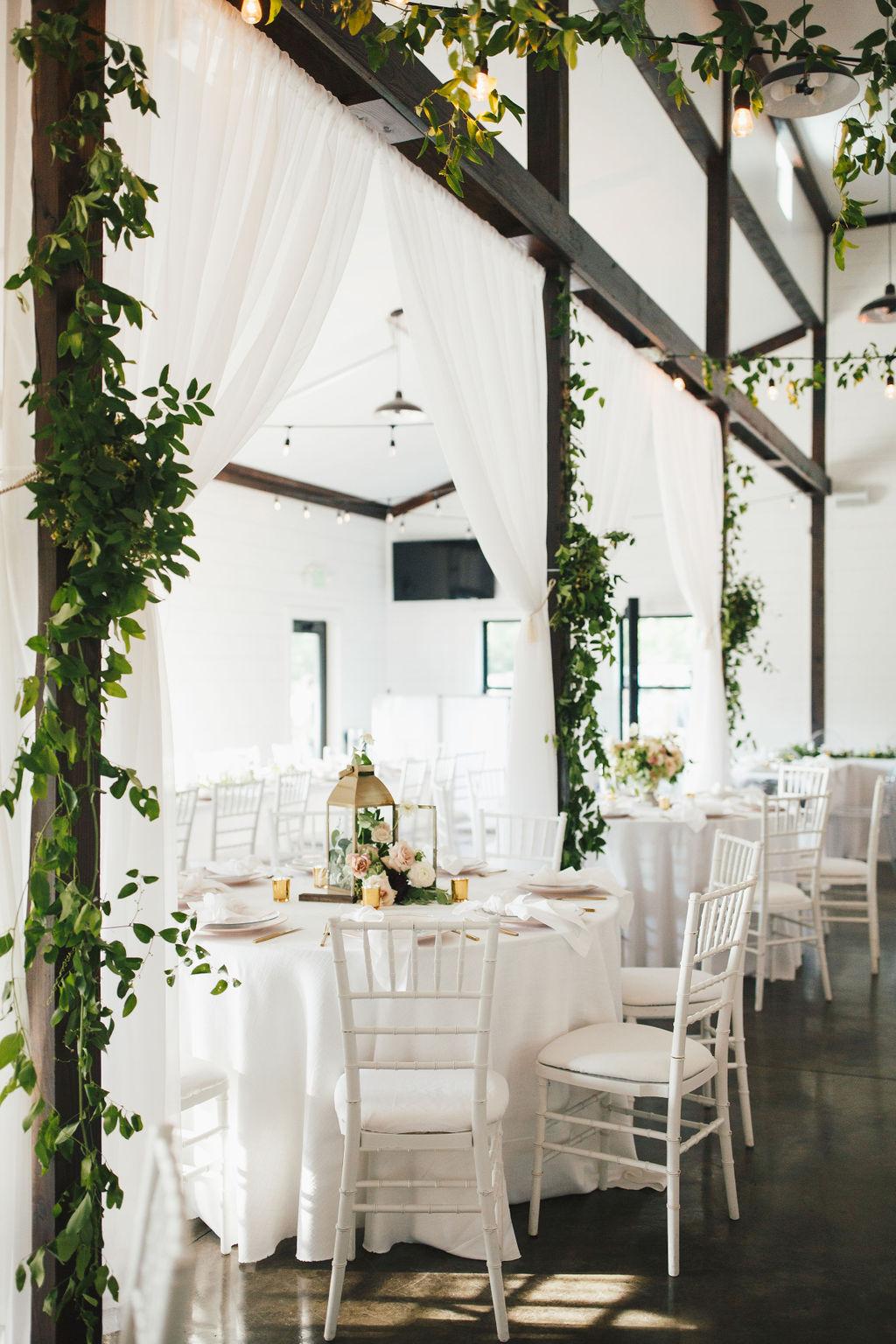 Bixby White Barn Tulsa Wedding 101g.jpg