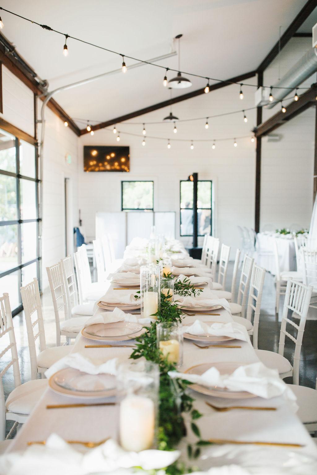 Bixby White Barn Tulsa Wedding 101k.jpg