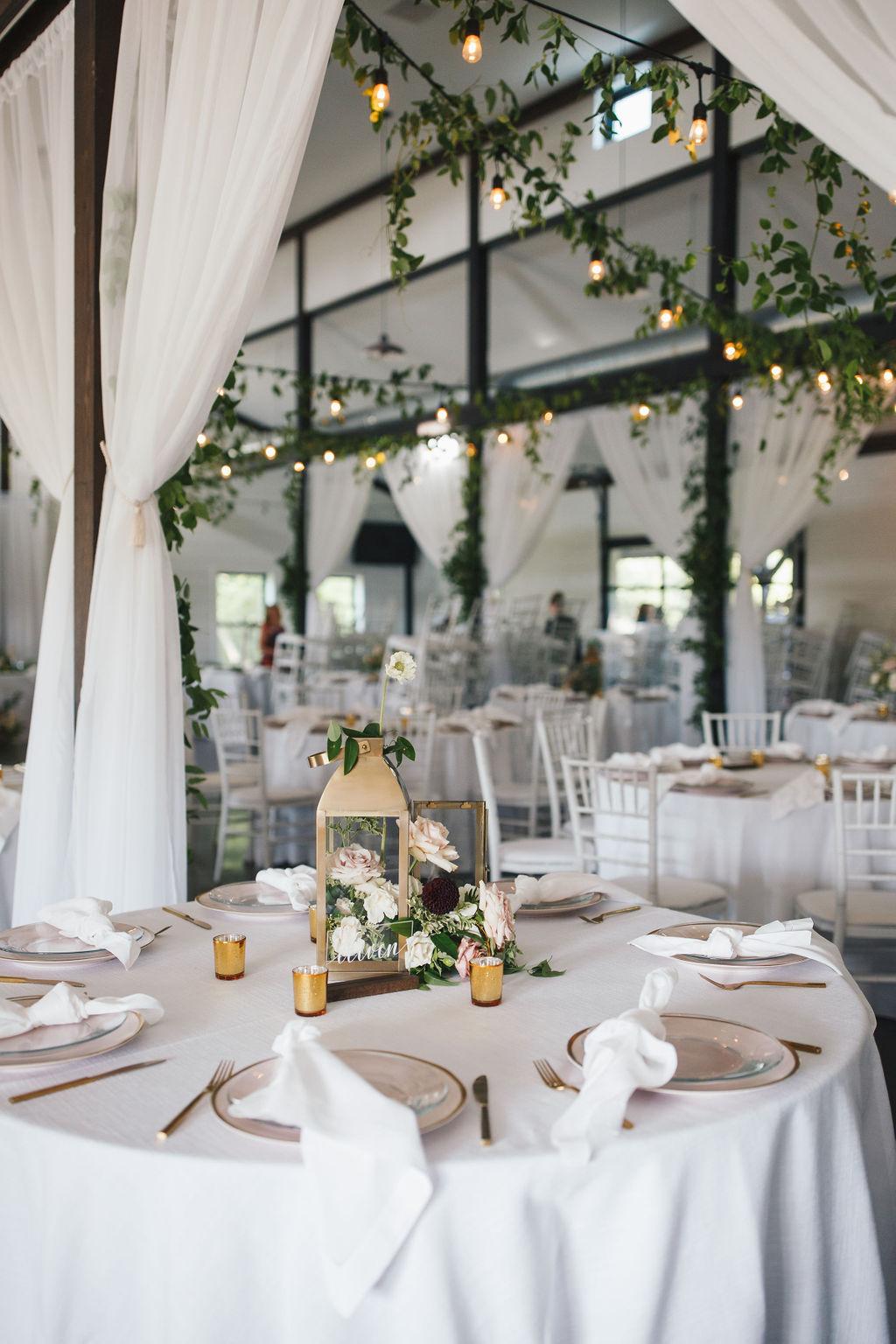Bixby White Barn Tulsa Wedding 104.jpg