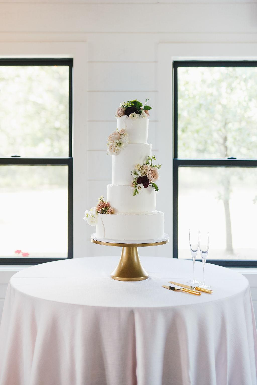 Bixby White Barn Tulsa Wedding 106.jpg