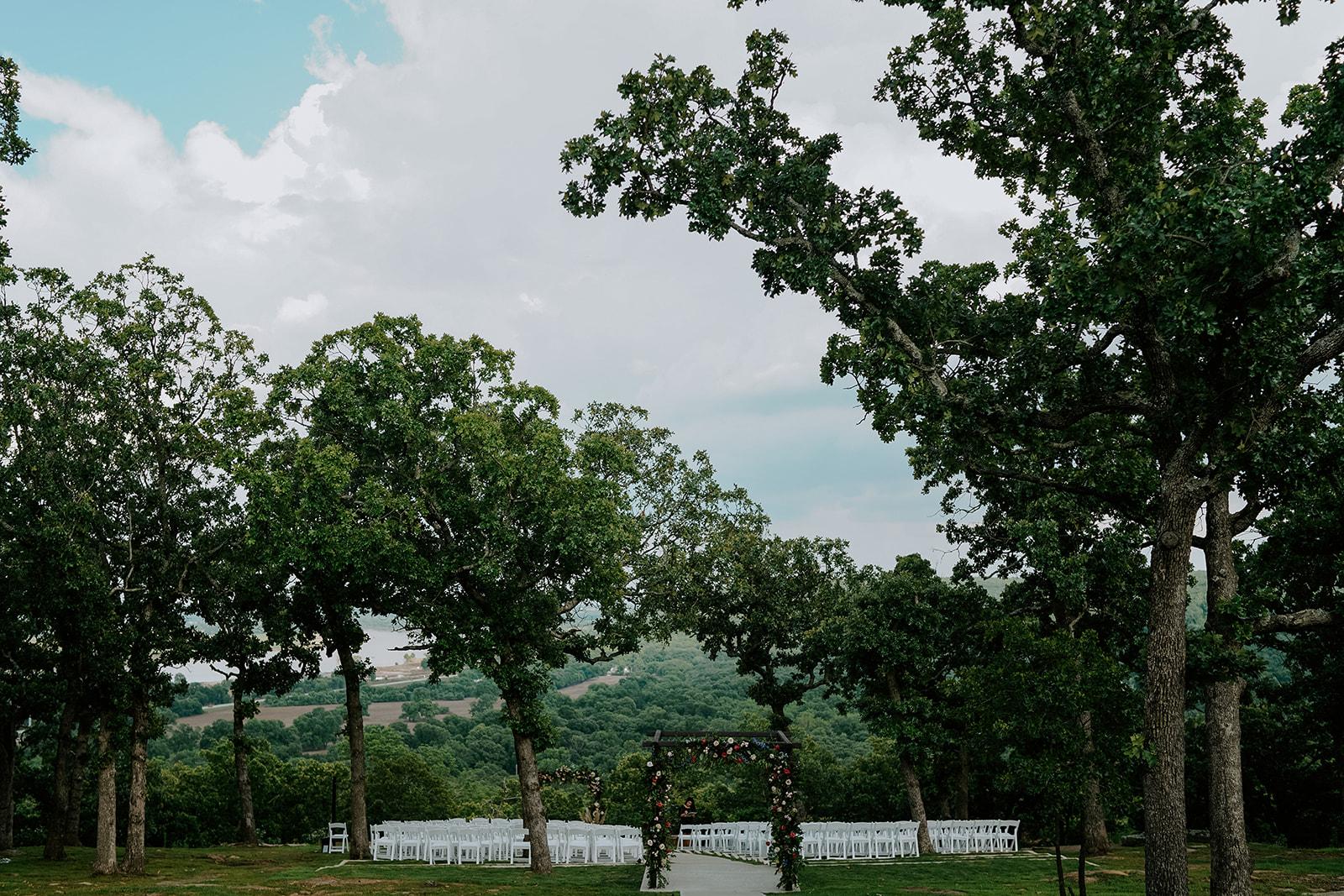 Oklahoma Outdoor Wedding Tulsa White Barn Venue 7.jpg