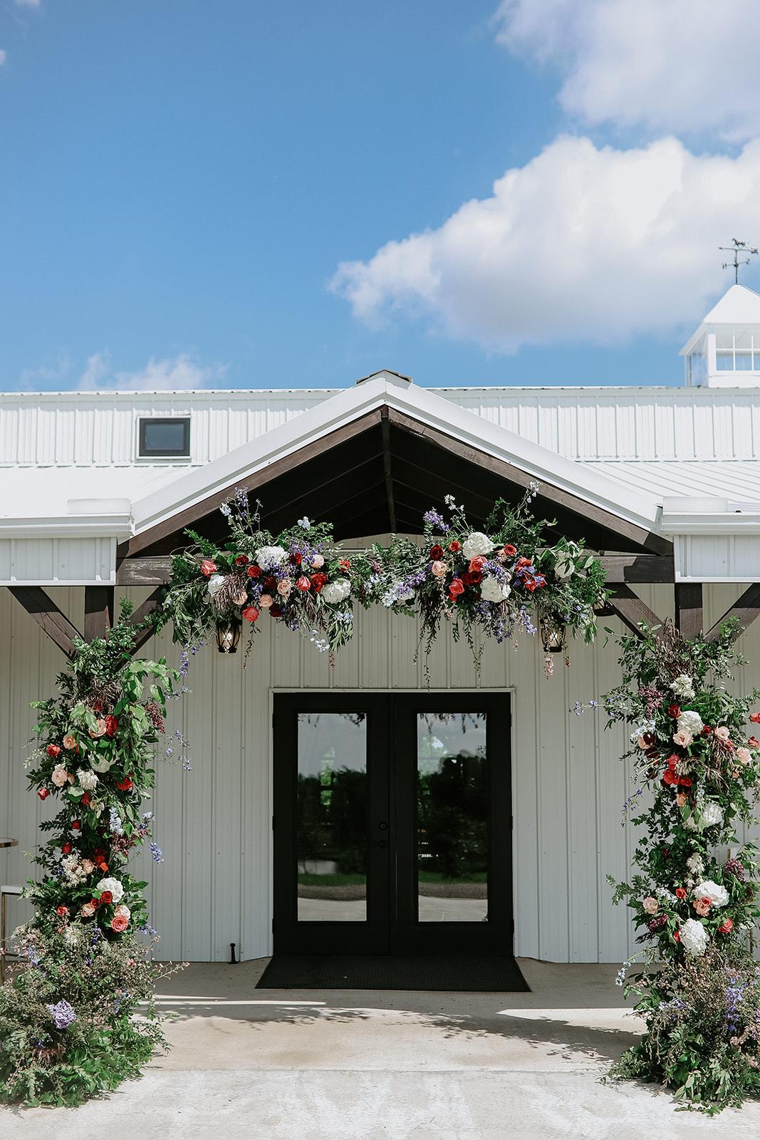 Oklahoma Outdoor Wedding Tulsa White Barn Venue 12.jpg