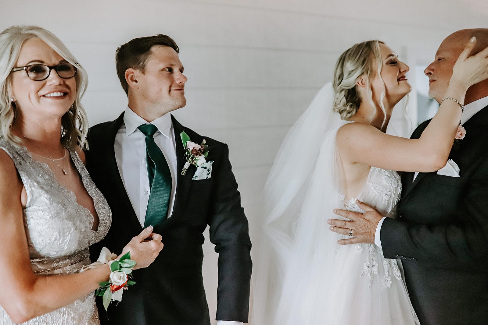 Oklahoma Outdoor Wedding Tulsa White Barn Venue 60.jpg