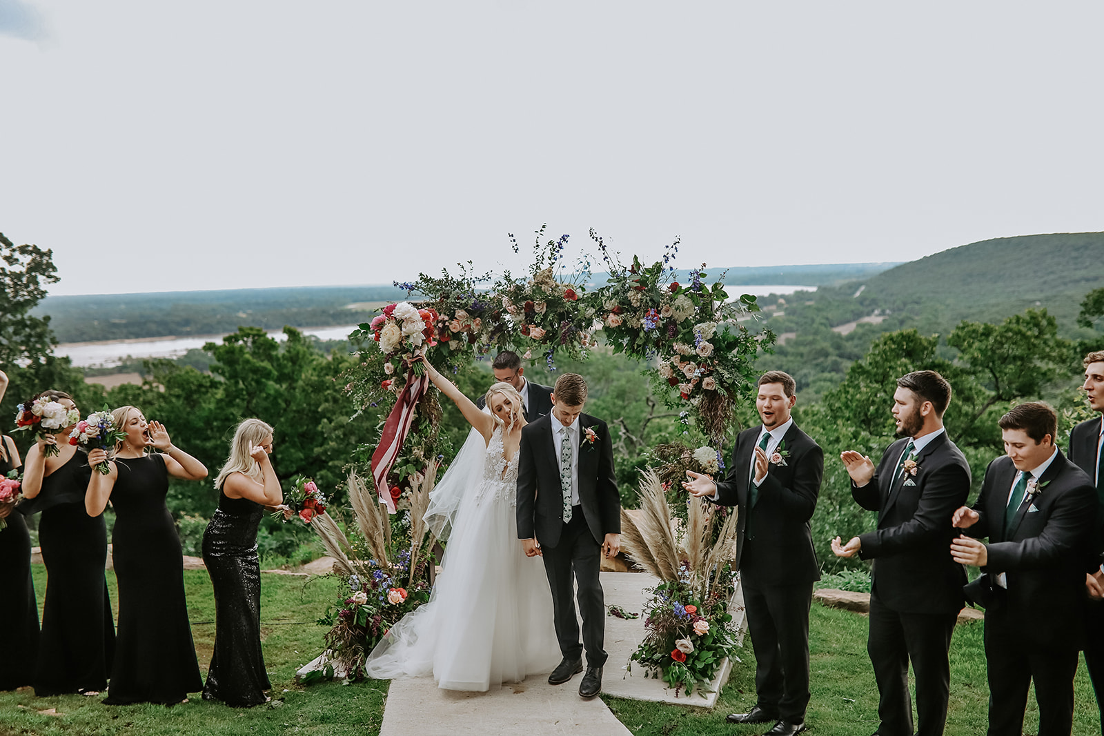 Oklahoma Outdoor Wedding Tulsa White Barn Venue 70.jpg