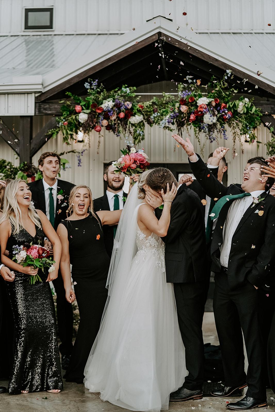 Oklahoma Outdoor Wedding Tulsa White Barn Venue 73a.jpg