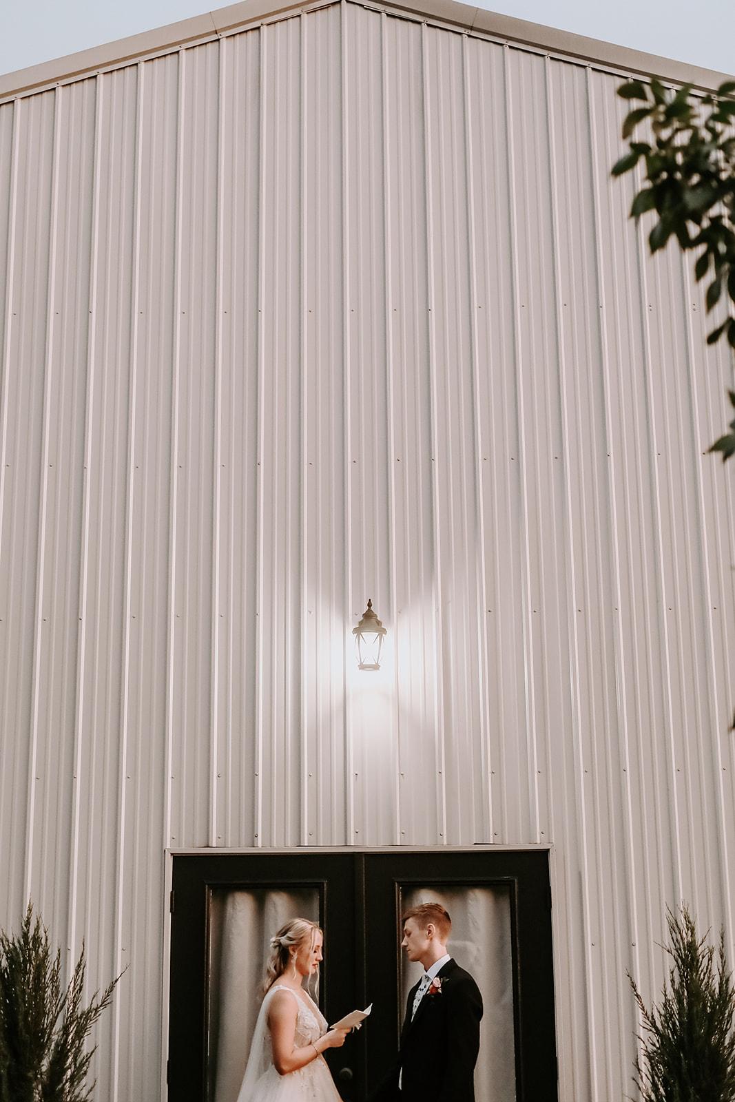 Oklahoma Outdoor Wedding Tulsa White Barn Venue 75a.jpg