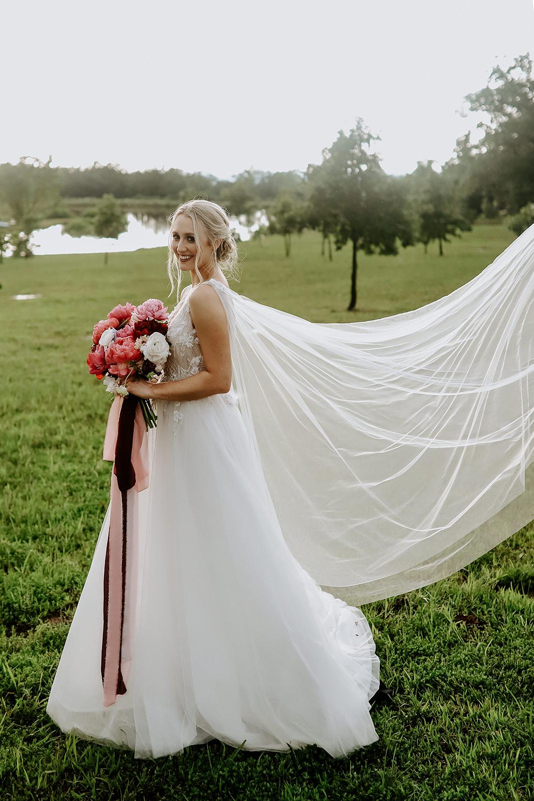 Oklahoma Outdoor Wedding Tulsa White Barn Venue 82.jpg
