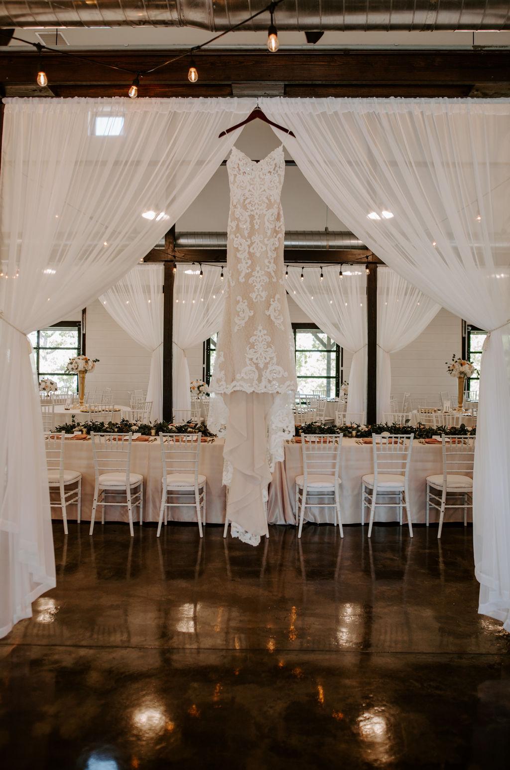 Best Oklahoma Outdoor Wedding Venue Tulsa Bixby White Barn 0.jpg