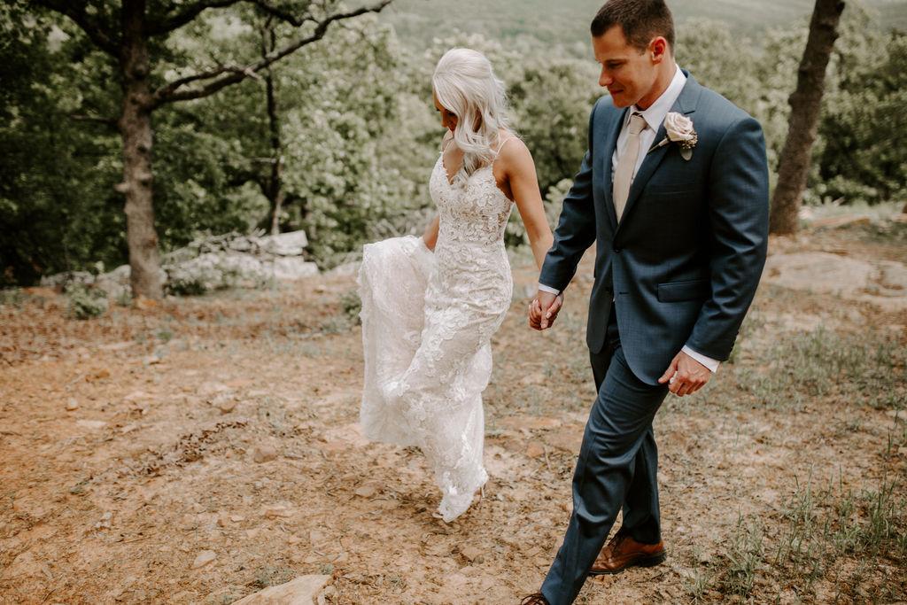 Best Oklahoma Outdoor Wedding Venue Tulsa Bixby White Barn 19.jpg