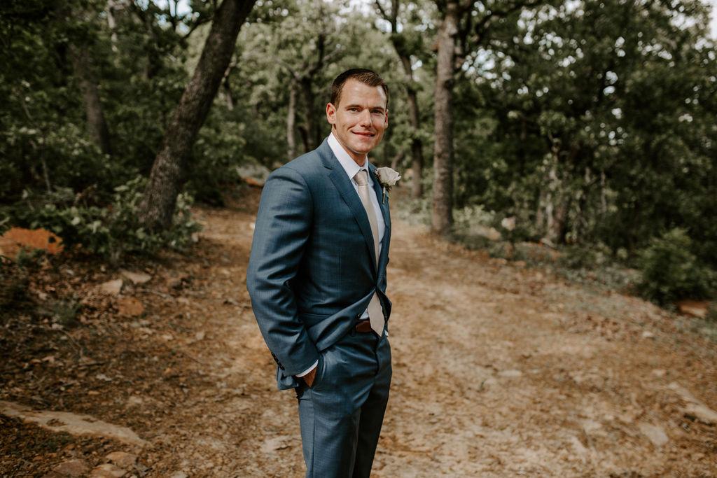 Best Oklahoma Outdoor Wedding Venue Tulsa Bixby White Barn 24.jpg