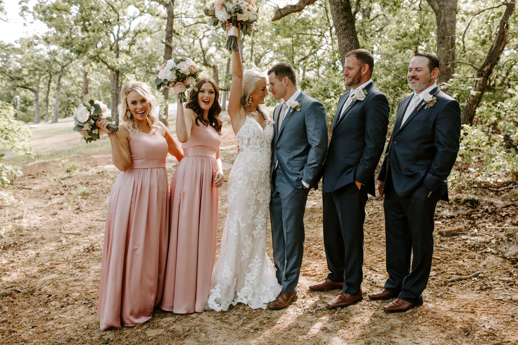Best Oklahoma Outdoor Wedding Venue Tulsa Bixby White Barn 26.jpg